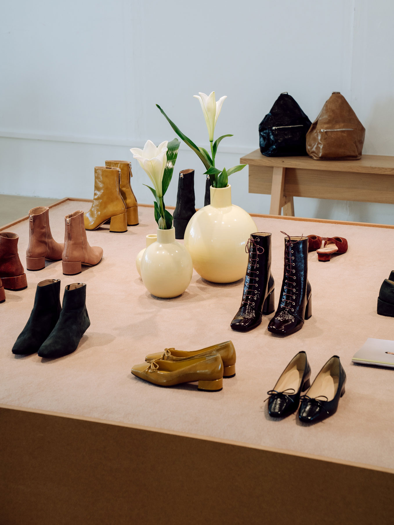 About Arianne Showroom